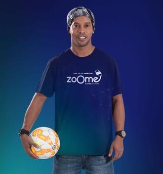 16. Ronaldinho zoome.jpeg
