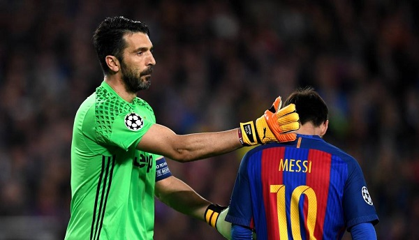 73. Messi Buffon.jpg