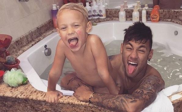 107. Renovacion Slide Neymar 20 hechos.jpg