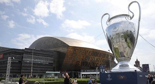4. Premio Real Madrid Champions 2.jpg