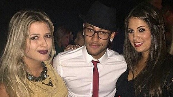65. Renov Neymar 2.jpg