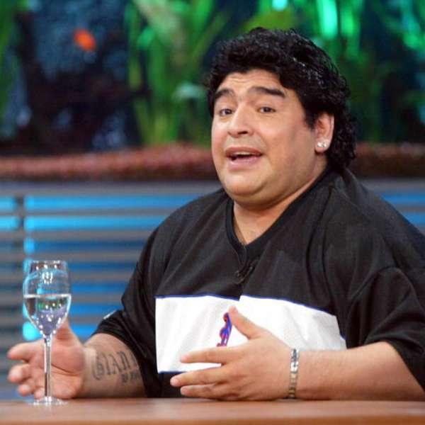 Maradona y (1).jpg