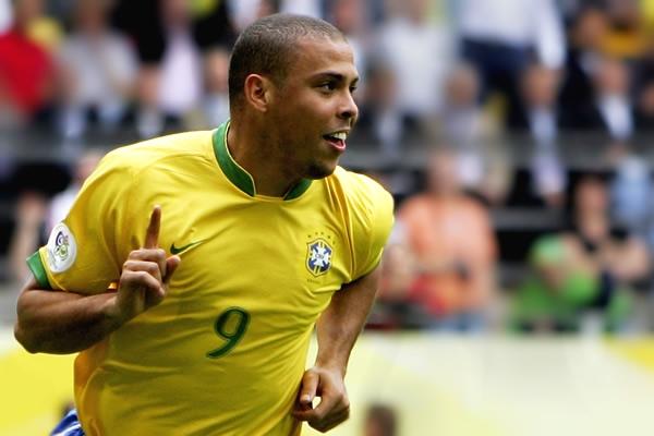 Ronaldo (1).jpg