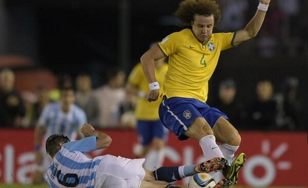 23. David Luiz 5.jpg