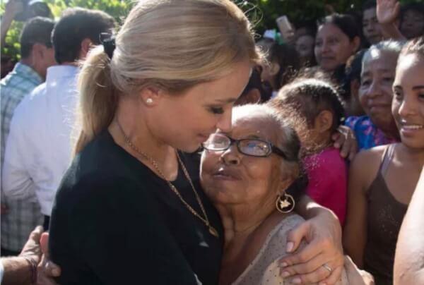 16 Angelica Rivera Primera Dama 16.jpg