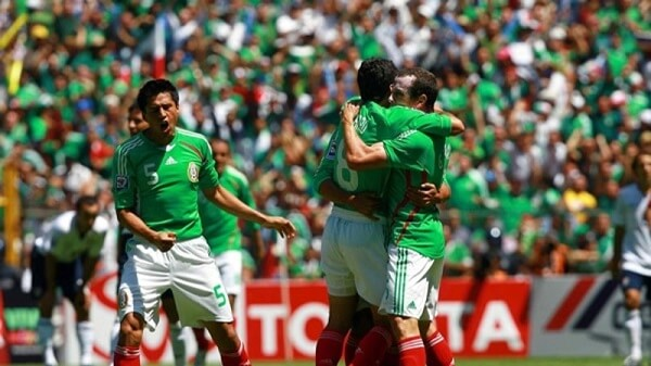 3 Estados Unidos vs Mexico Historial 19.jpg