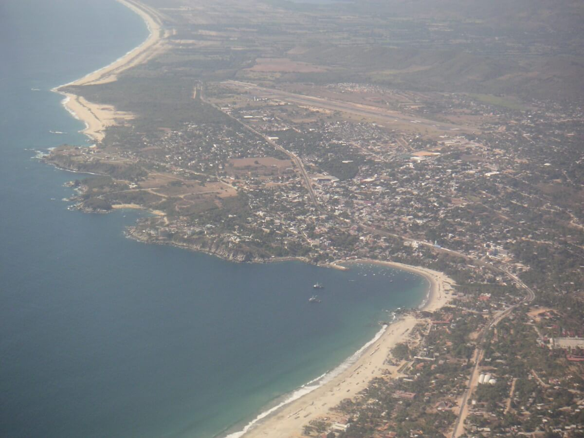 Mexico-PuertoEscondido-Airview.jpg